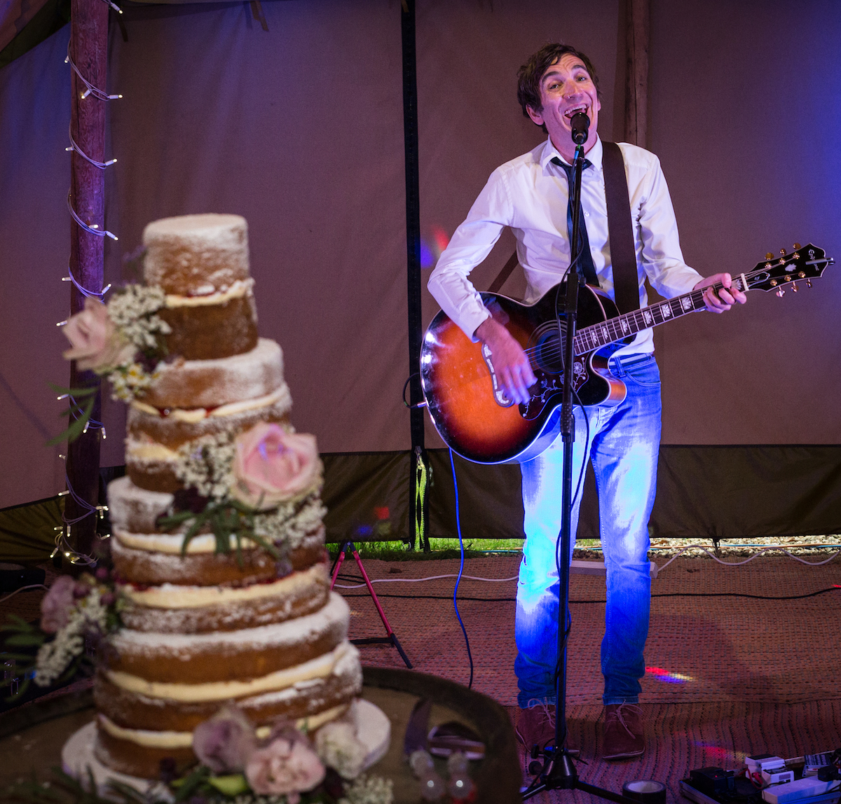 Acoustic Solo Wedding Musician
