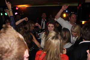 NYE-Music-Dancing-Fun-Party-Band