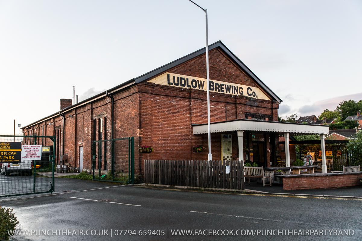 Ludlow Wedding Band