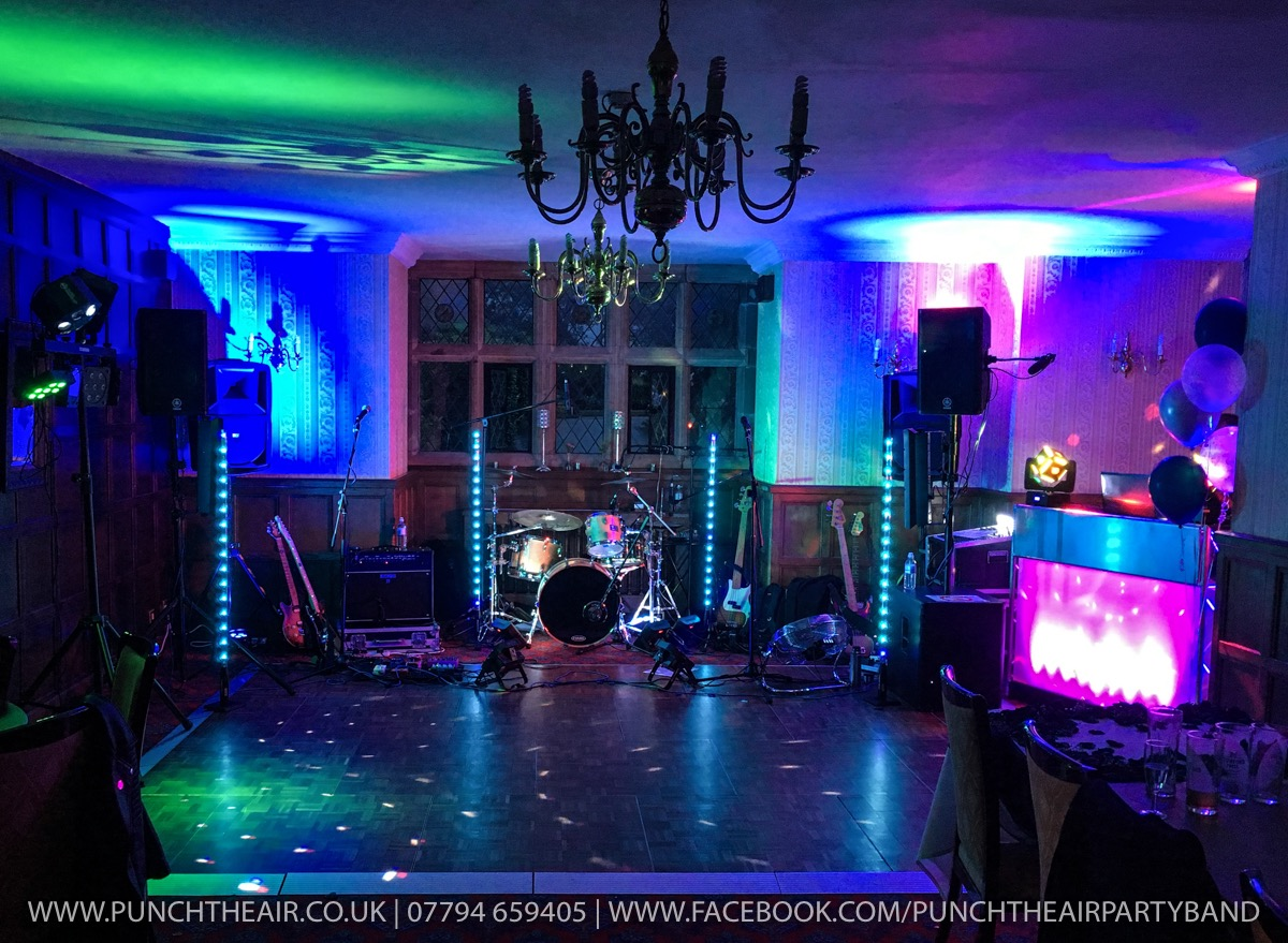 Live Wedding Band In Worcestershire