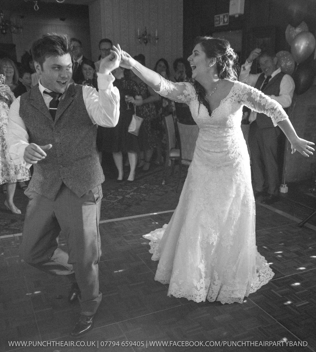 Salford Hall Hotel Evesham Wedding Band