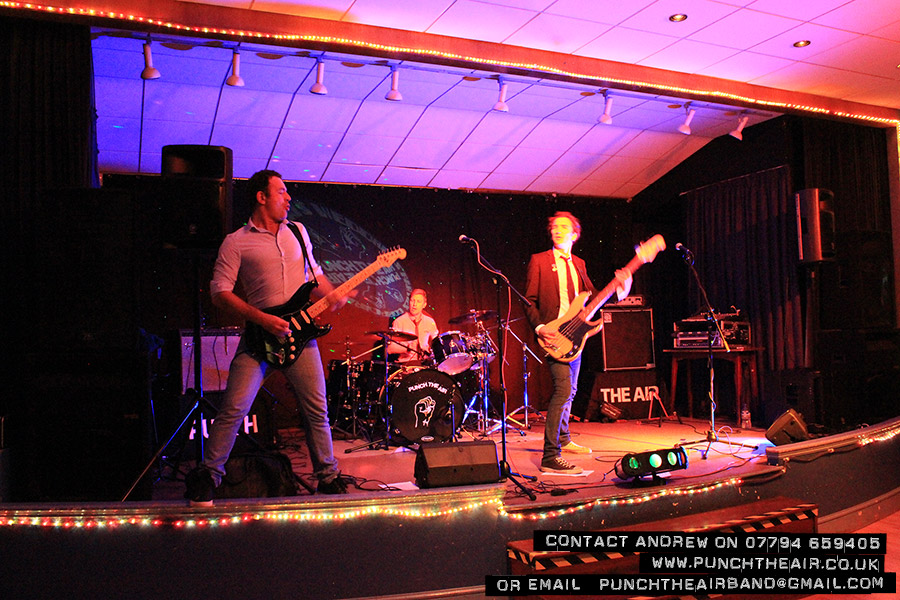 punch-the-air-live-band-private-party-derbyshire-4