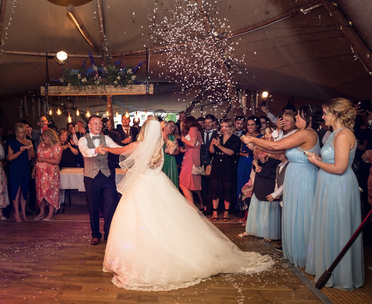 West Carlton Hull Wedding Band
